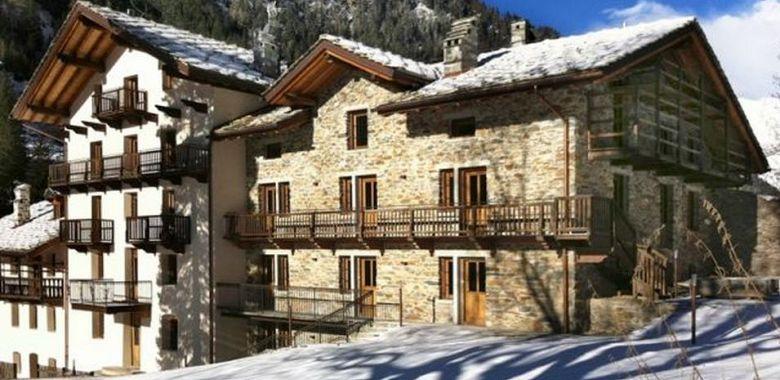 Casa in montagna conviene comprare accanto alle terme - Comprare casa al grezzo conviene ...