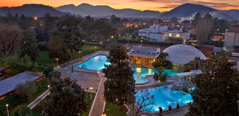 Stabilimento termale hotel ariston molino buja terme di abano gogoterme - Abano terme piscine termali ...